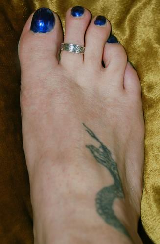 celtic weave toe ring
